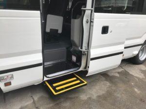 福祉車両改造・補助ステップ