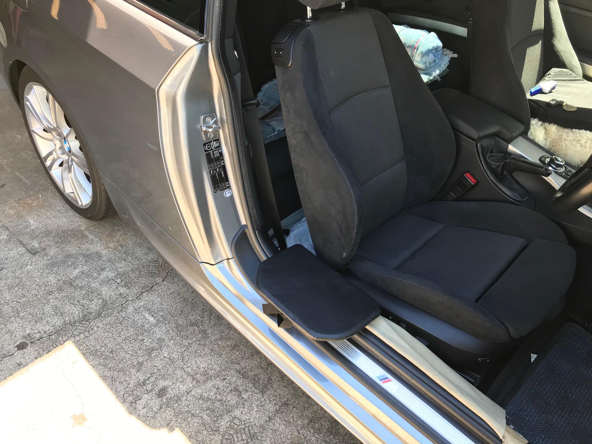 福祉車両改造・移乗補助装置・移乗プレート・BMW